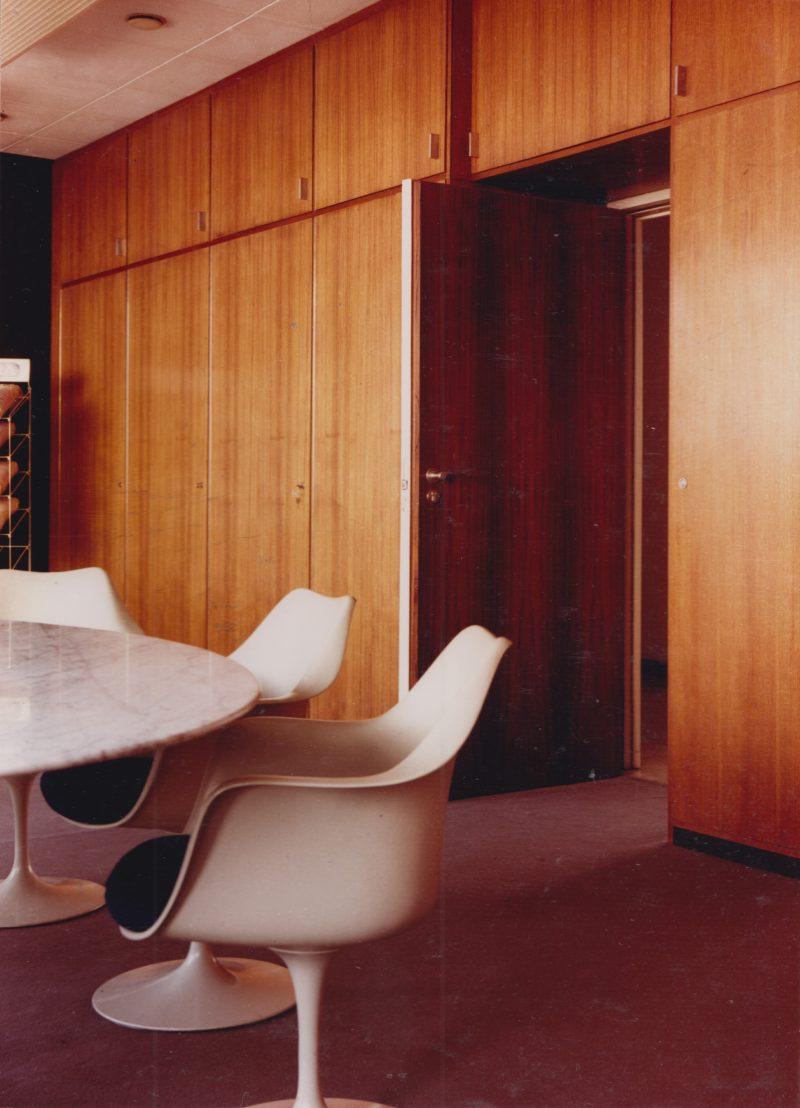 Tulip tafel en stoel, Eero Saarinen